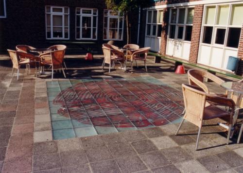Glazen vloer Count my age, glas, koperfolie, 400 x 200 x 2 cm
