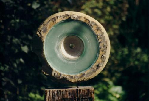 Inner Circle, detail, saharasteen, glas, hout, 130x45x20 cm